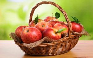Вкусные напитки из яблок для здоровья всей семьи