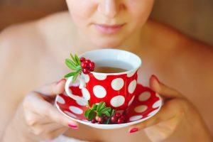 Настой из брусники — подарок от королевы ягод